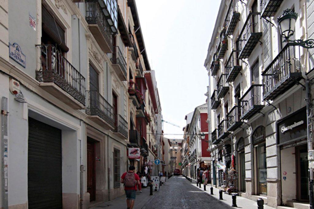 Ático 4 personas Granada 21